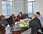 The foreign clients consulted Xinhai experts