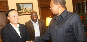 President of Tanzania met with the Chairman of Xinhai Mining Group